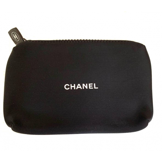 kosmetyczka Chanel