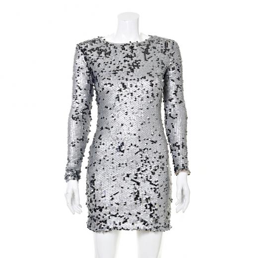 Sukienka w srebrne cekiny