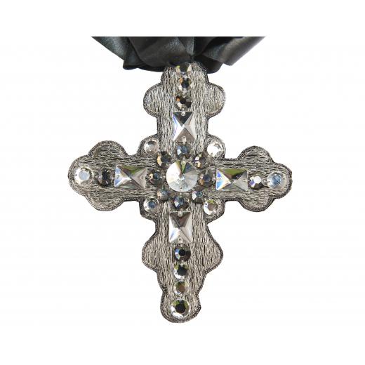 LA PERLA – elegancki naszyjnik w kształcie krzyża