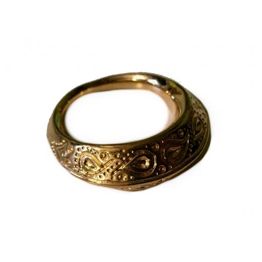 Pozłacany pierścionek
