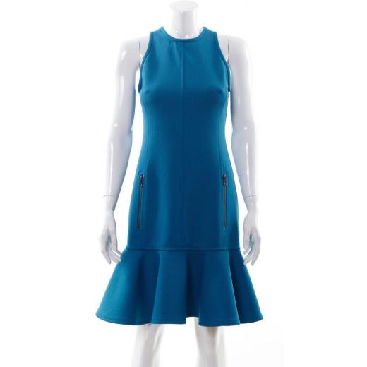 Turkusowa sukienka z falbanką