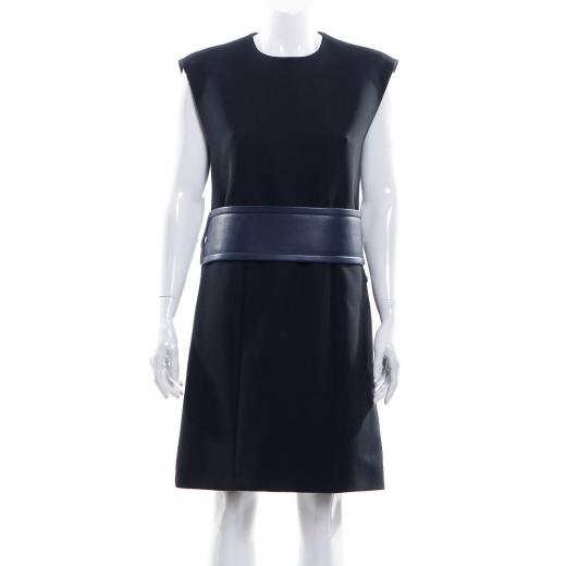Sukienka ze skórzanym dopinanym pasem