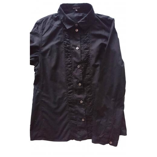 Czarna koszula z falbanami