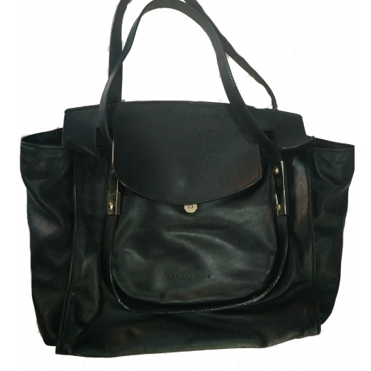 Czarna skorzana duza torba