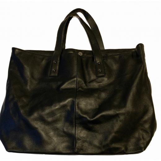 Czarna torba Versace