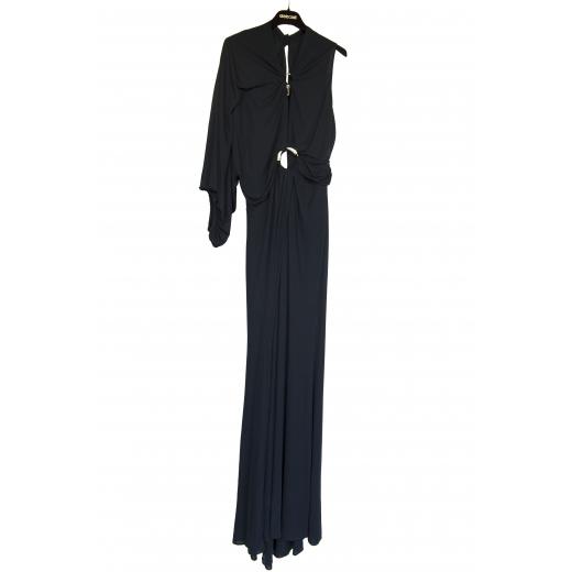 Długa suknia na jedno ramie
