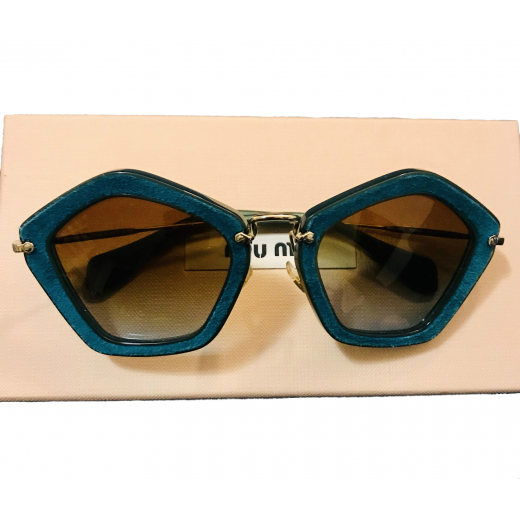 Unikatowe okulary MIU MIU