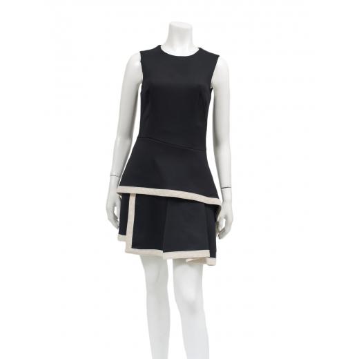 MQ Aleksander Mcqeen sukienka czarno biala