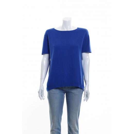Niebieski sweterek z krótkim rękawkiem