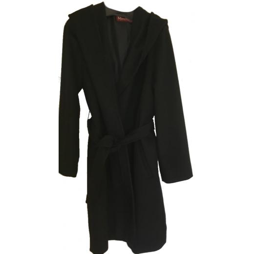 Czarny płaszcz Max Mara Studio