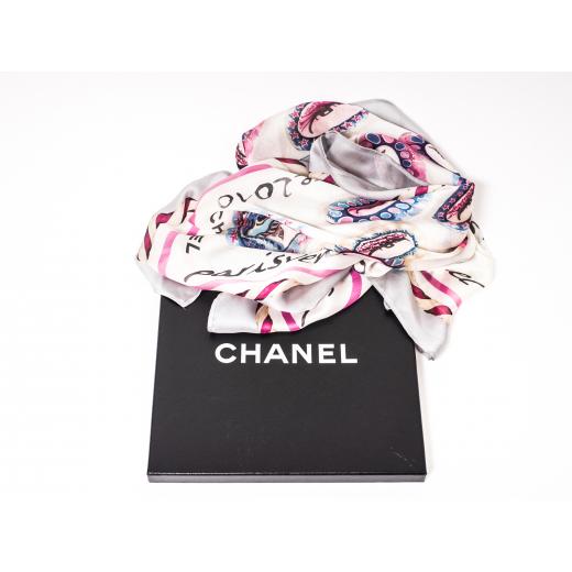Chanel apaszka