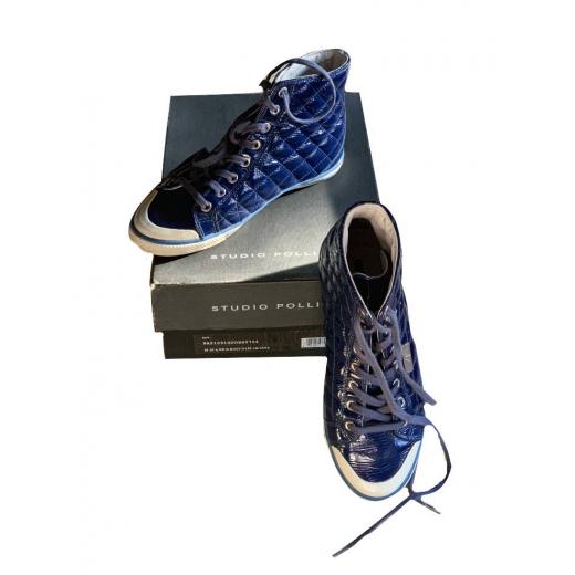 Niebieskie trampki Pollini