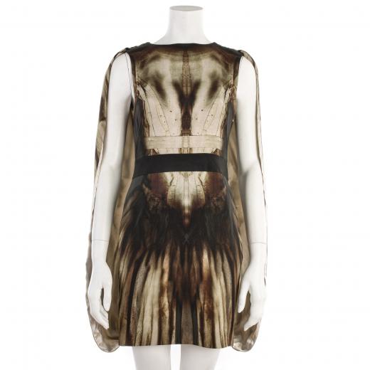 Sukienka Alexandra McQueena wiosna/lato 2011 z jedwabiu