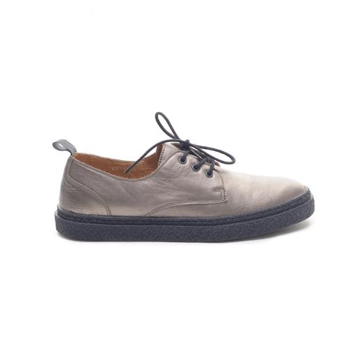 Metaliczne płaskie buty