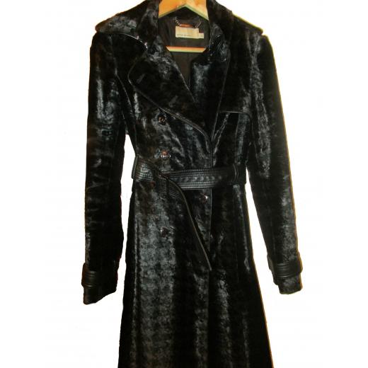 Elegancki płaszcz Karen Millen