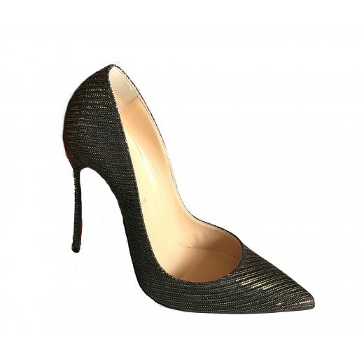 Pantofle na obcasie