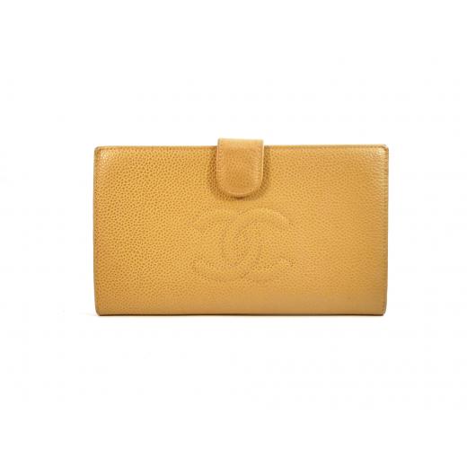 Duzy portfel Chanel skóra kawiorowa beżowy